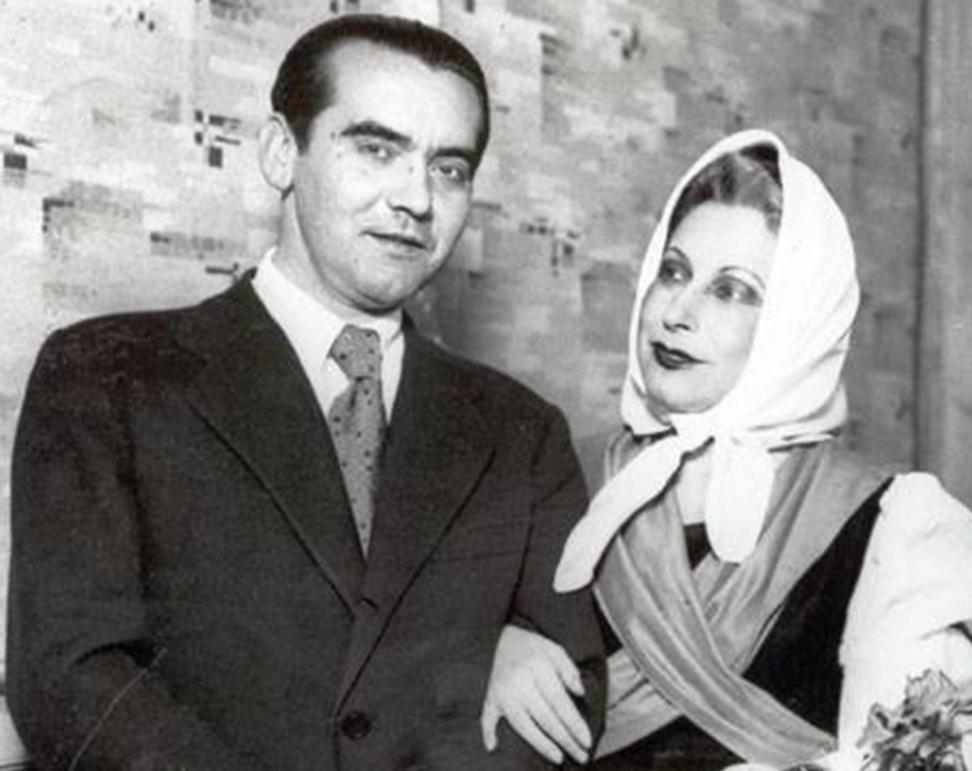 Federico Garcia Lorca junto a Margarita Xirgu
