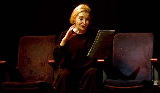 Nuria Espert durante la representación de Romanceero Gitano.